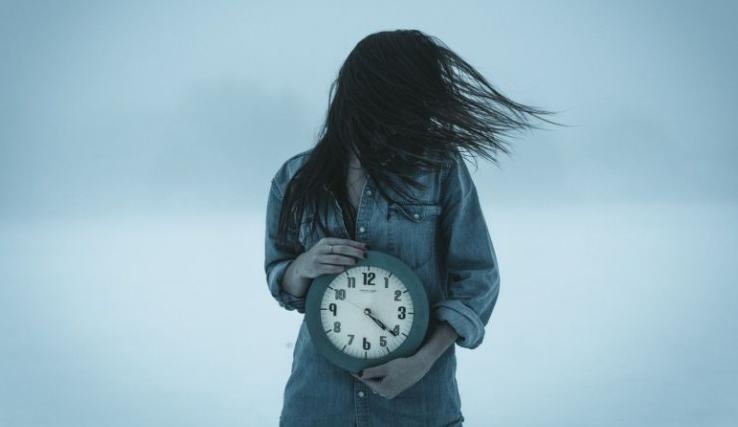 Jangan Buang-buang Waktu,  3 Hal Ini Tidak Bisa Kamu Ubah dari Hidupmu